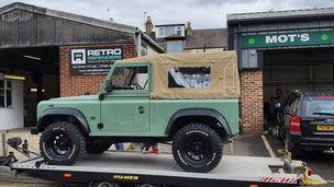 Land Rover Defender 90 Transport