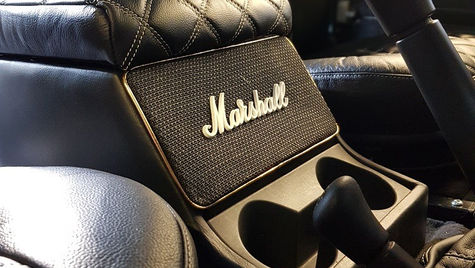 Land Rover Defender Marshall Speaker