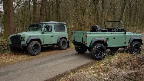 Land Rover Defender 90's