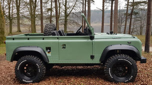 Land Rover Defender 90 Topless
