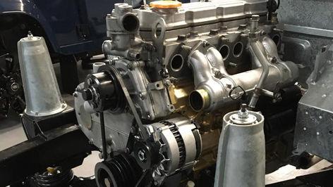Land Rover Defender 200TDi Engine