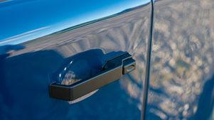 Defender 90 Aluminium Door Handle