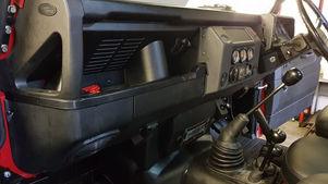 Land Rover Defender 90 Dashboard