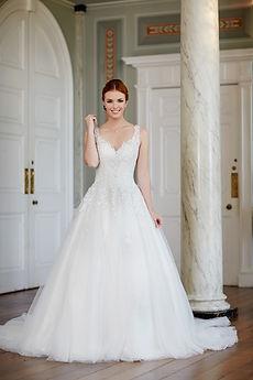 Tiffanys Bridal Valencia wedding dress osh gosh gowns scunthorpe lincoln