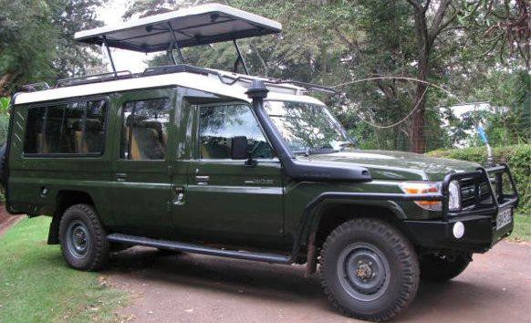 4x4  SAFARI Toyota Land cruiser.jpg
