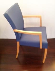 Montis Dione Chair