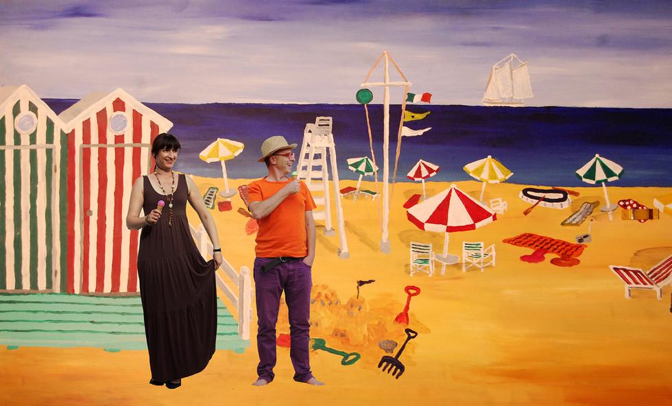 Gabriele & Thomas am Strand im sonnigen