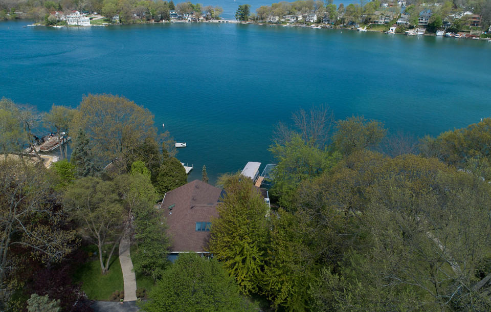 Vacation Property Lauderdale Lakes, WI