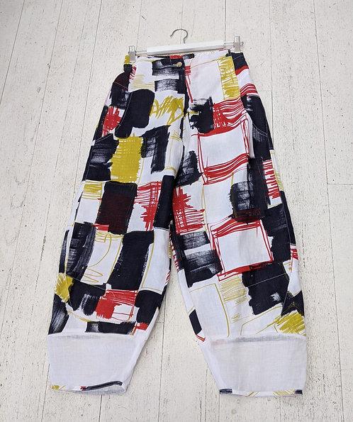 Style: 3891AV645 Pants