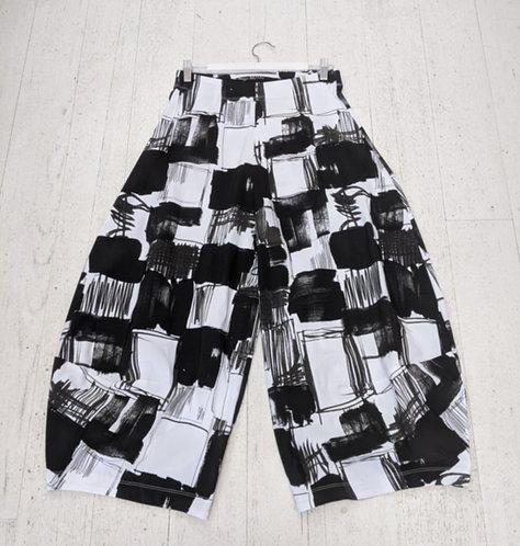 Style: 3902AV5045 Pants