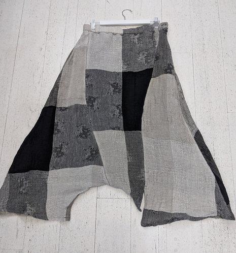 Style: 8083AX63 Pants