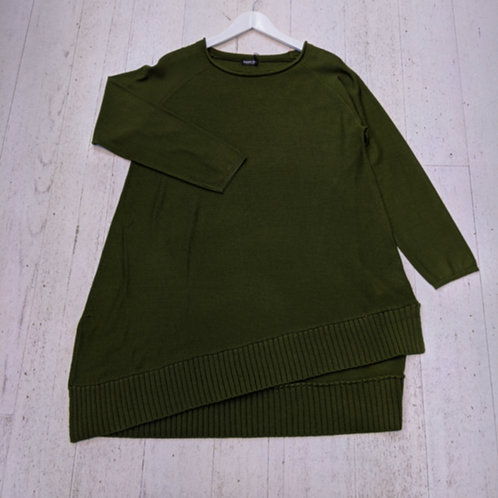 Style: 1924-20 Jumper