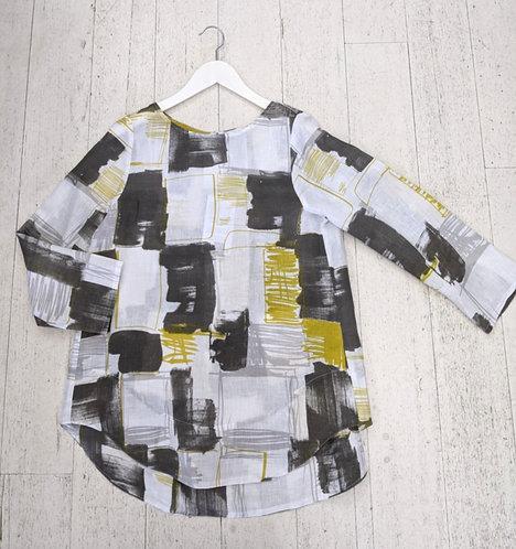 Style: 5267AV445 Top