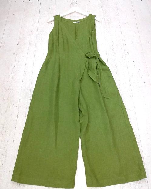 Style: 3923AV6 Jumpsuit