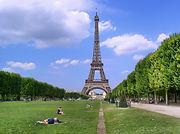 paris-988112_1920.jpg
