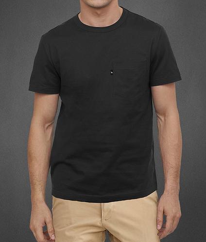 t-shirt noir avec poche