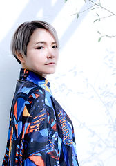 丸山ナオミ_202012L版.jpg