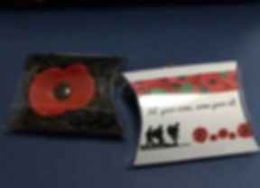 Ceramic poppy in presentation box