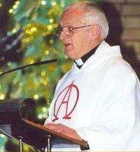 1977 Granville train disaster hero & beloved priest, Father Les Campion, farewell in Sydney.