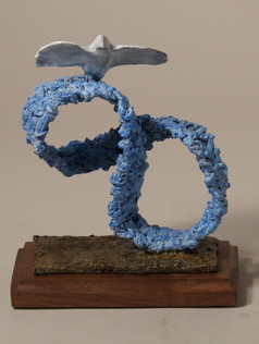 Blue Infinity with Dove (view 1)