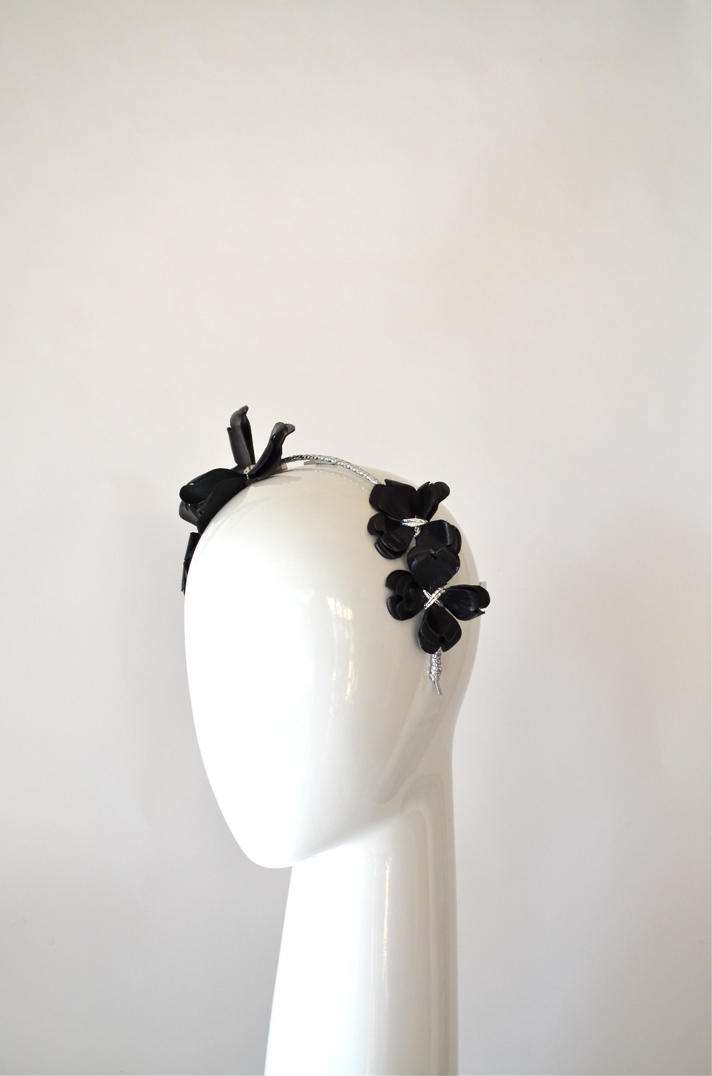 SOPHIA (Black)