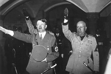 Hitler&MussoliniGettyImages-2635658-6167