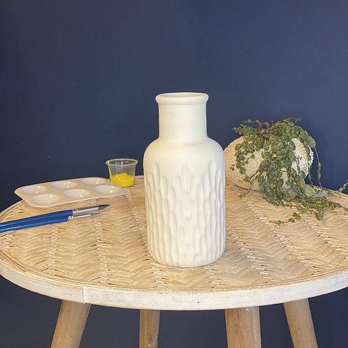 Detailed Vase - Dimped
