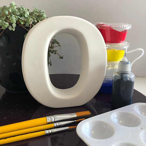 Paint your own  ceramic  Alphabet letter. Letter 'O'