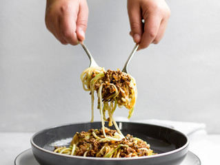 ZOODLES WITH HERB BOLOGNESE SAUCE
