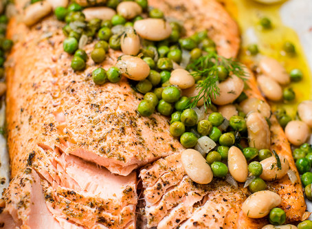 Baked Salmon with Peas and Butter Beans