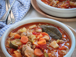 RUSTIC CHICKEN AND VEGGIE SOUP