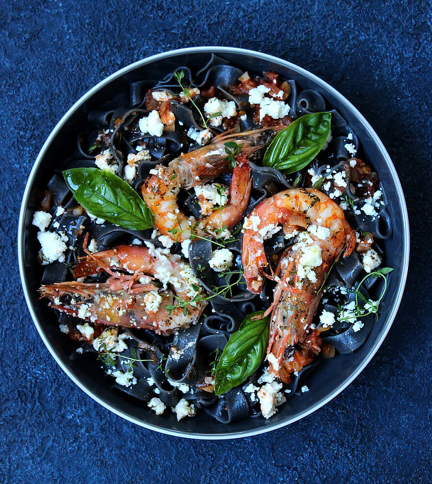 Saganaki Prawns with Squid Ink Hilopites