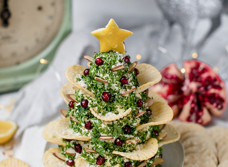 Cheese and Crackers Christmas Tree