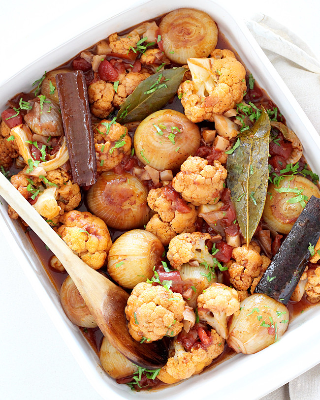 Cauliflower Stifado tray