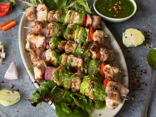 CHICKEN SKEWERS WITH CHIMICHURRI SAUCE