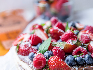 Berry Nutella Pizza with Coconut and Mint