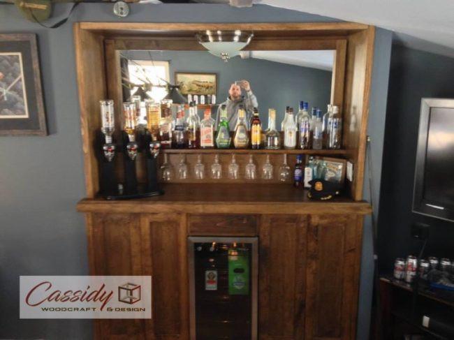 The Pratt's Custom Bar