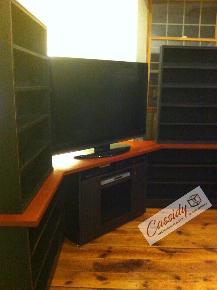 Custom Reversible TV Unit