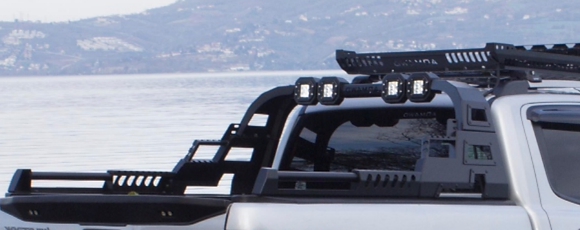 AQM4WD Roll Bar With LED Lights
