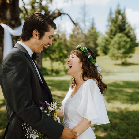 Oregon Spring Backyard Wedding