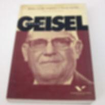 livro geisel foto 3.jpg