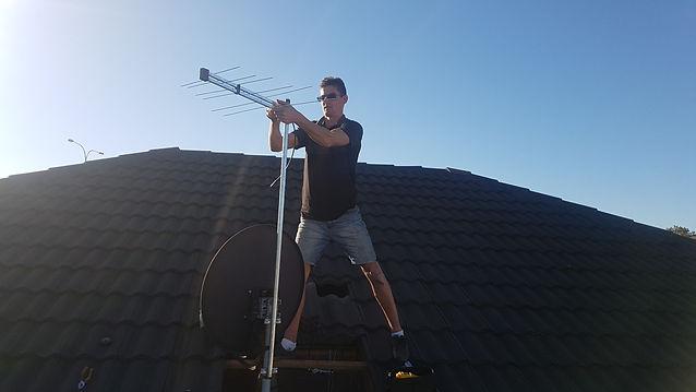 ryan antenna 1.jpg