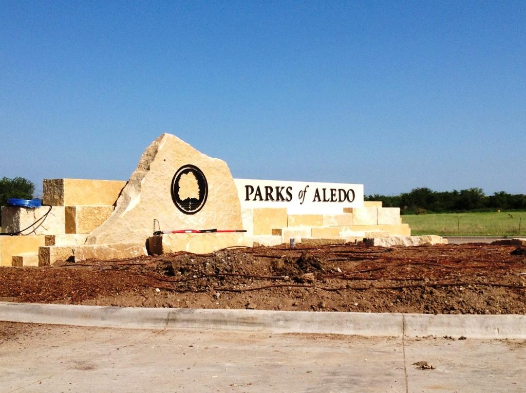 BOU107: Parks of Aledo Signage