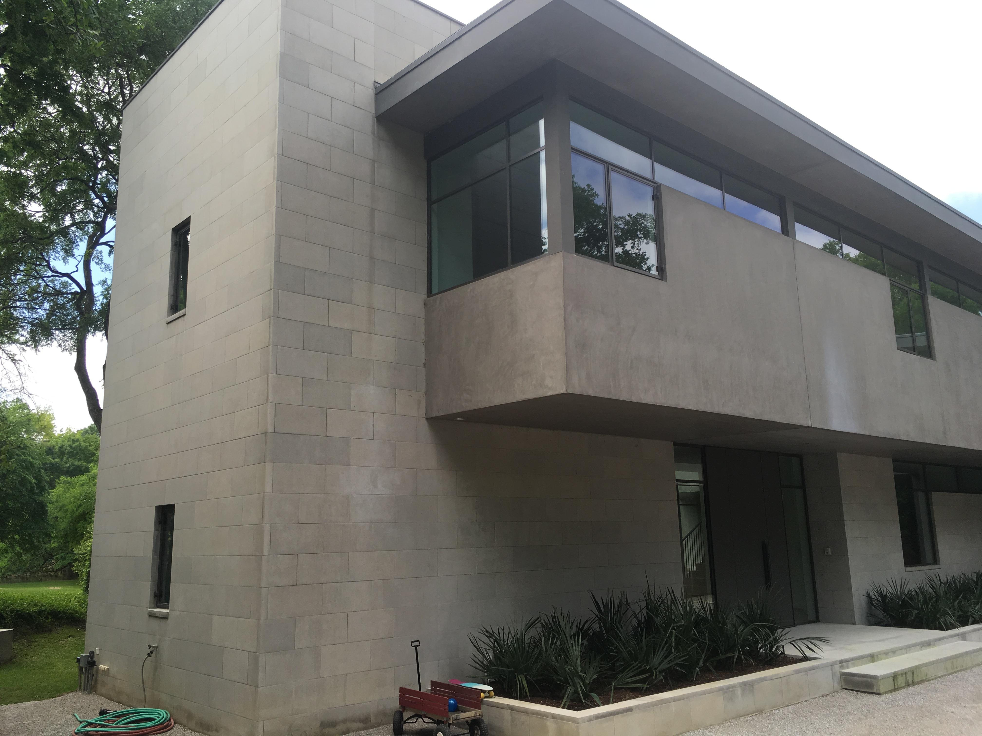 SF107: Contemporary Residence