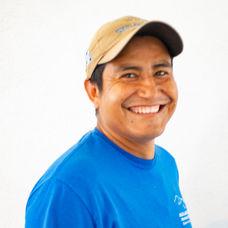 """""""Junior"""" Juan Perez"""