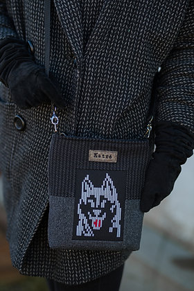 Small PIXEL DOG BAG Husky Negtive