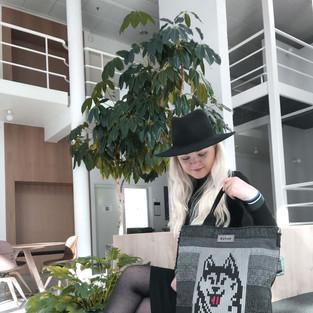 Triinu husky backbag.jpeg