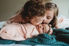 Siblings photo newborn.jpg