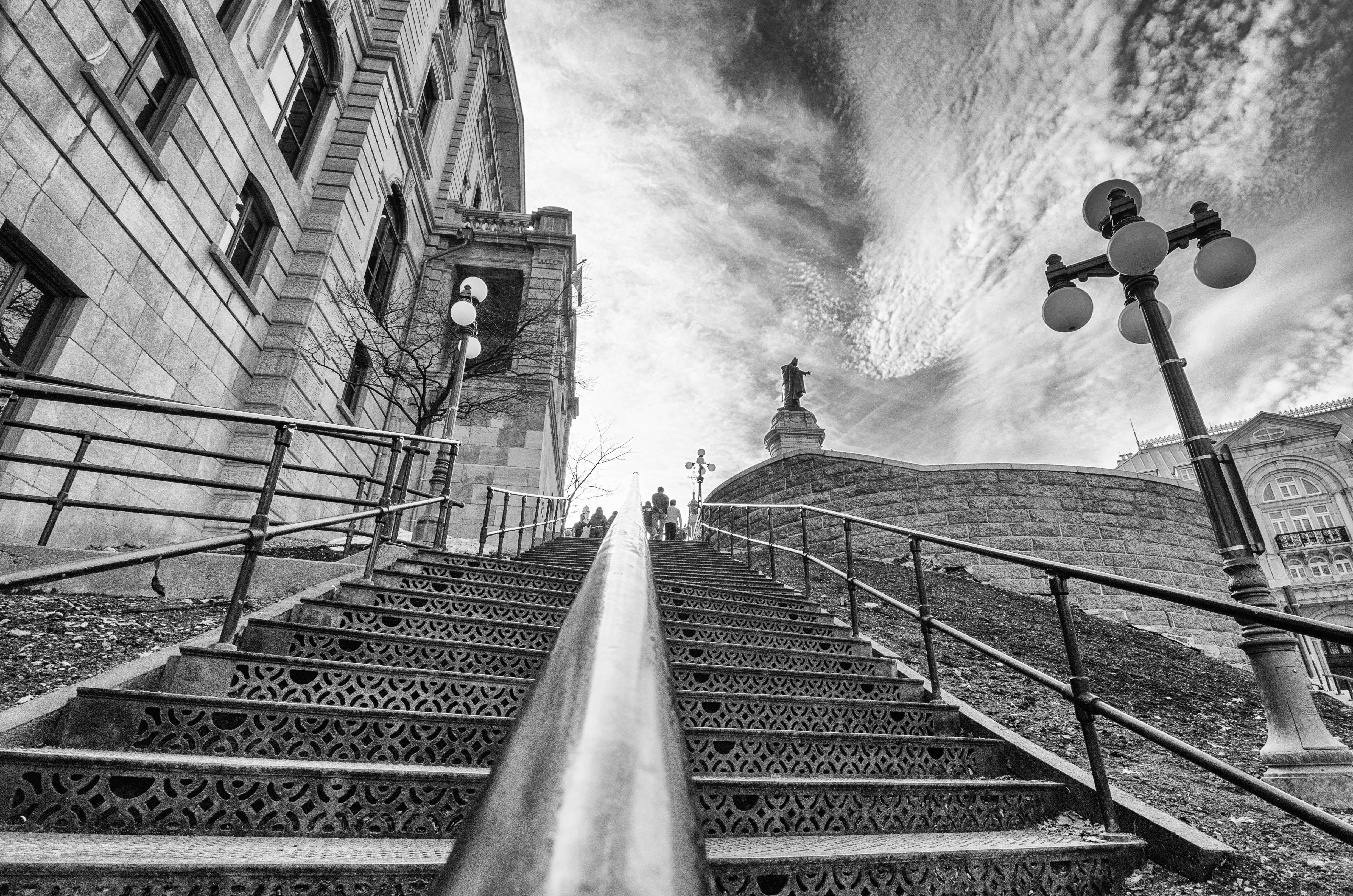 l'escalier vers le cie