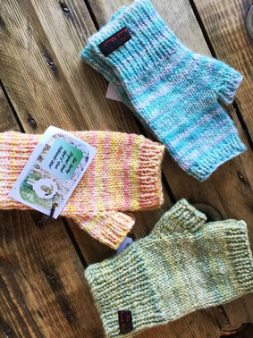 Sue Hurley's knitted gloves